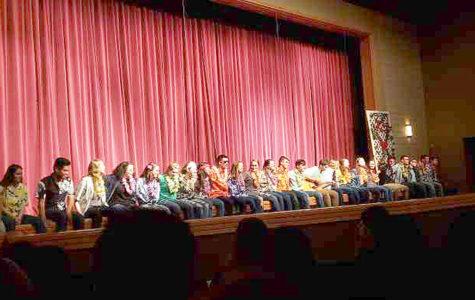 Pops Concert helps graduates with scholarship money