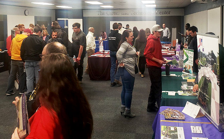 Attendees+visit+and+collect+information+at+the+Career+%26+Technology+Center%27s+annual+College+Fair+Oct.+28.